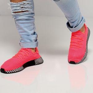 Men's Adidas Deerupt (Size 11)